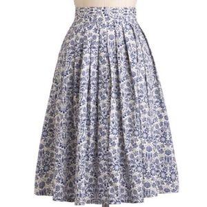 ModCloth blue & white floral print skirt - 470